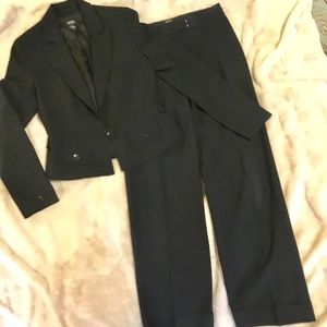 Body by Victoria Black Jacket & Wide Leg Pants - 4